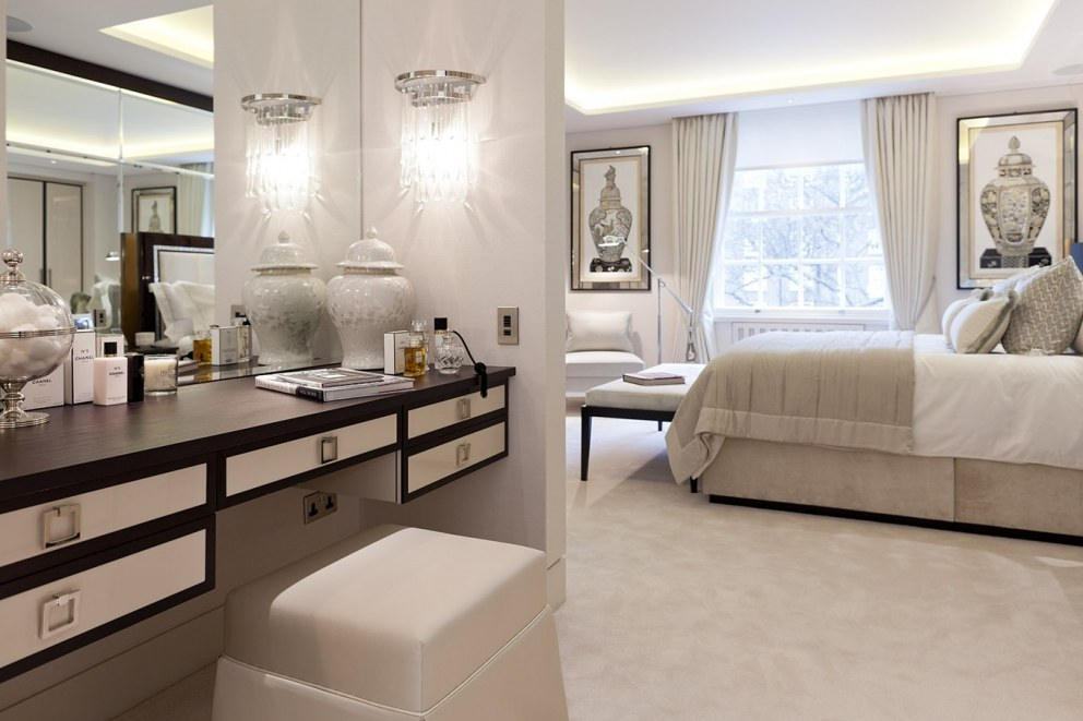 Knightsbridge II | Master Bedroom Dressing Area | Interior Designers