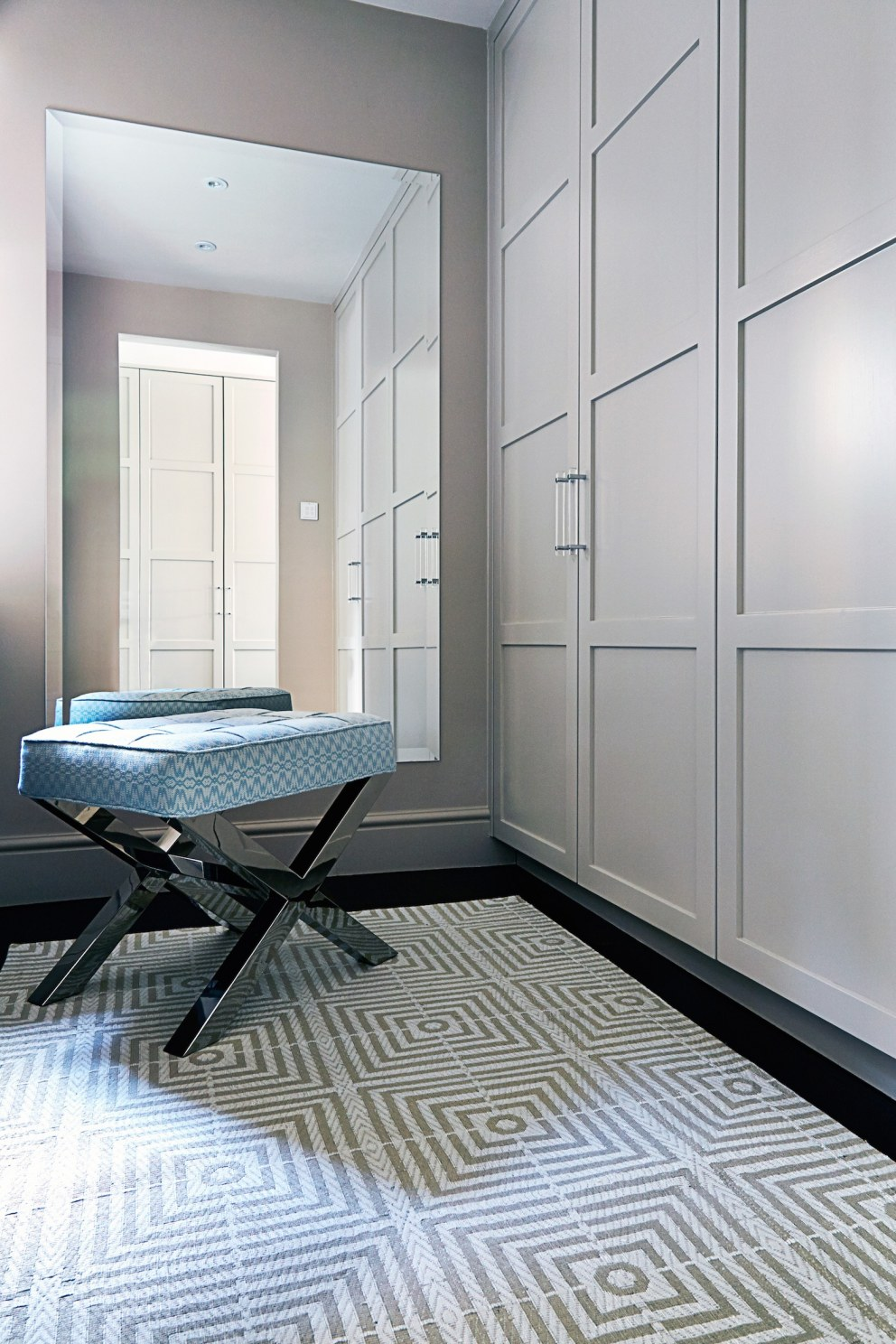 Family home in north west london master ensuite for Interior designers north london