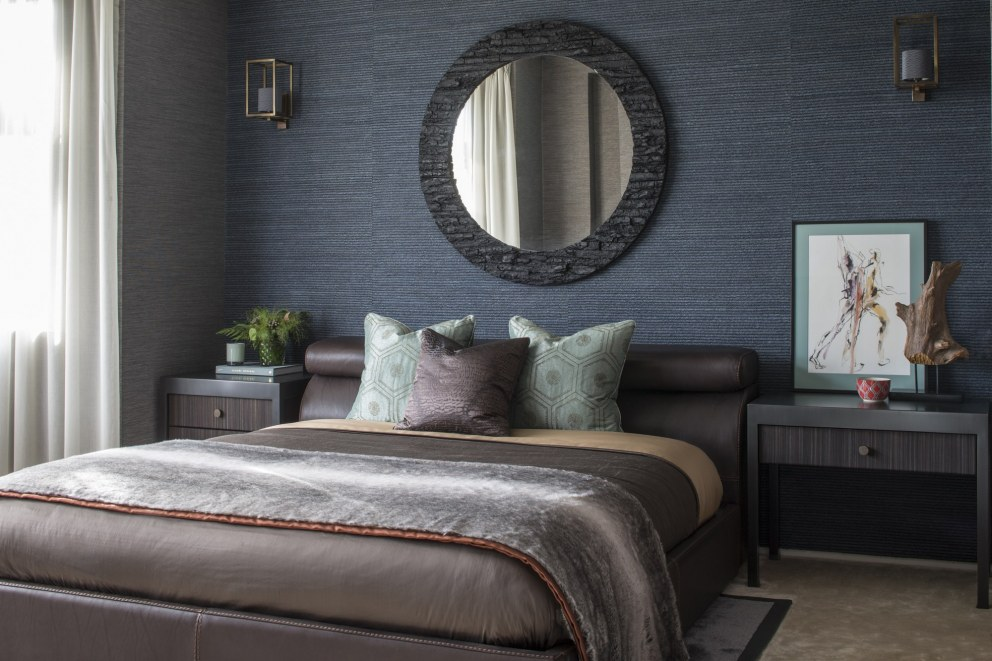 Broad Walk Family Residence, Winchmore Hill | Broad Walk Guest Bedroom | Interior Designers