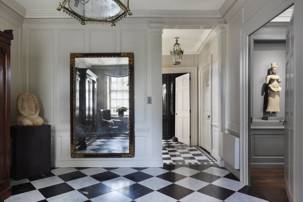 Kensington Square | Front Entrance | Interior Designers