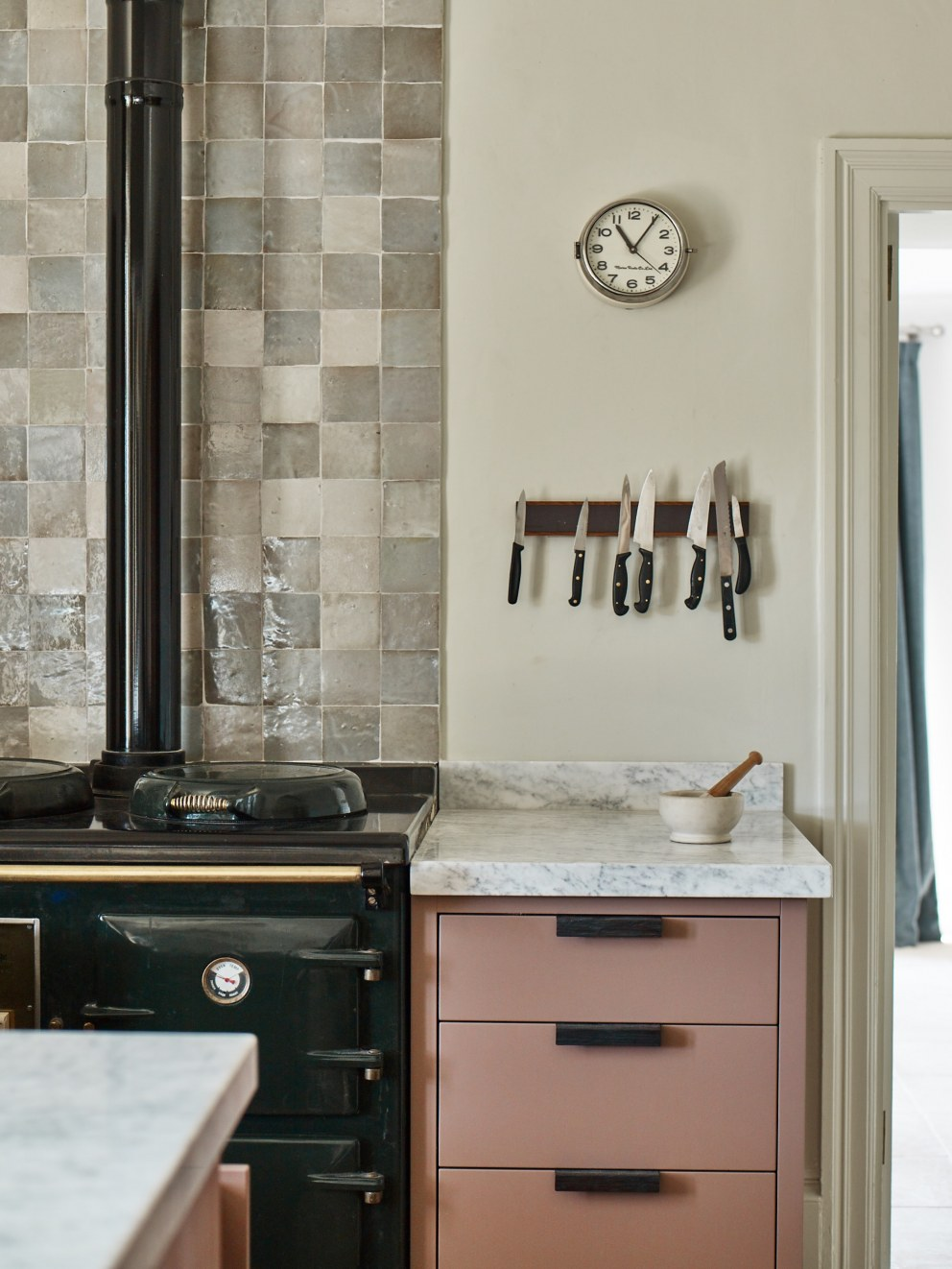 Family Home in Dartmouth | Aga detail | Interior Designers