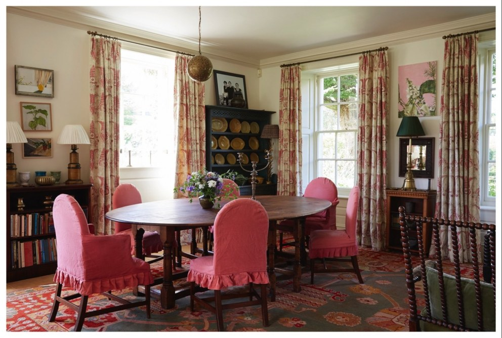 Country Classic | Kitchen Dining | Interior Designers
