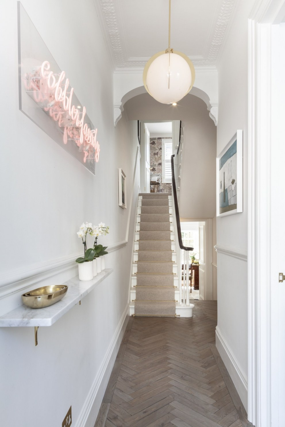Georgian townhouse in Chelsea | Entrance hall | Interior Designers
