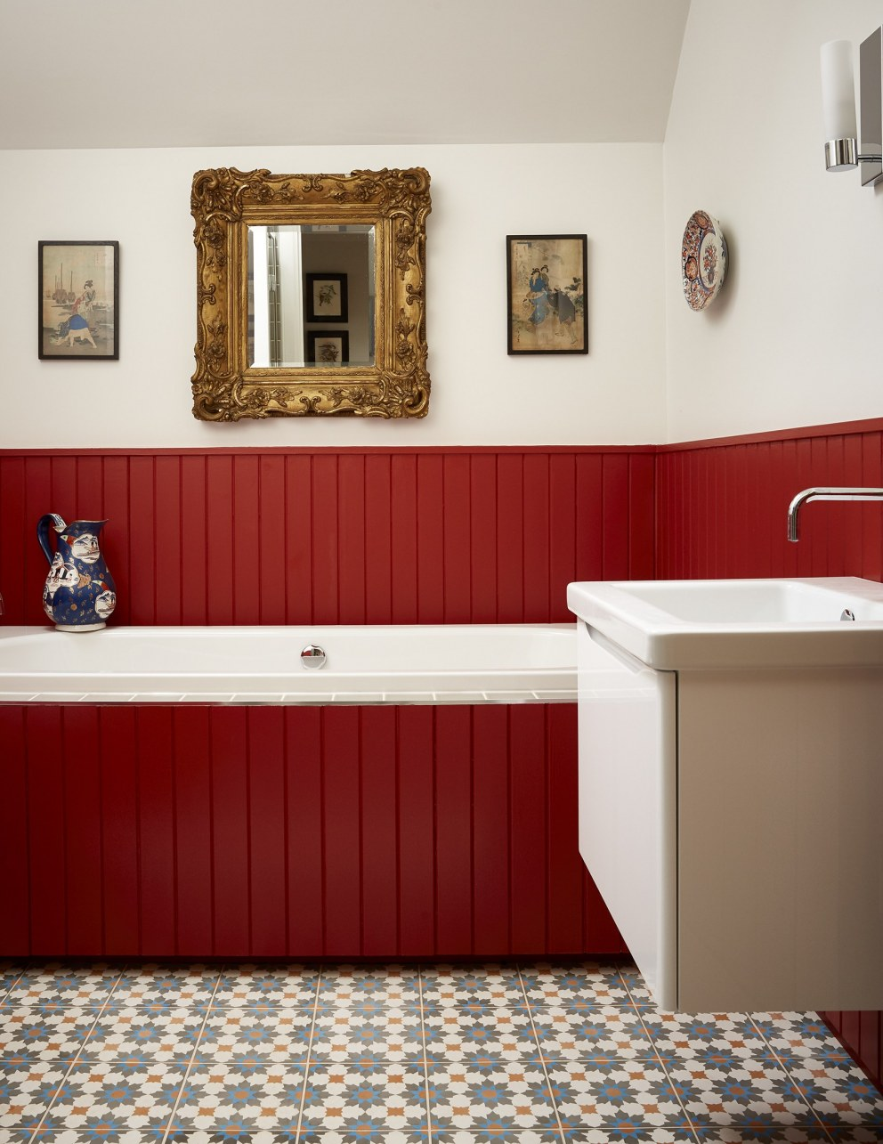 Scottish Holiday Cottages | Red Bathroom | Interior Designers