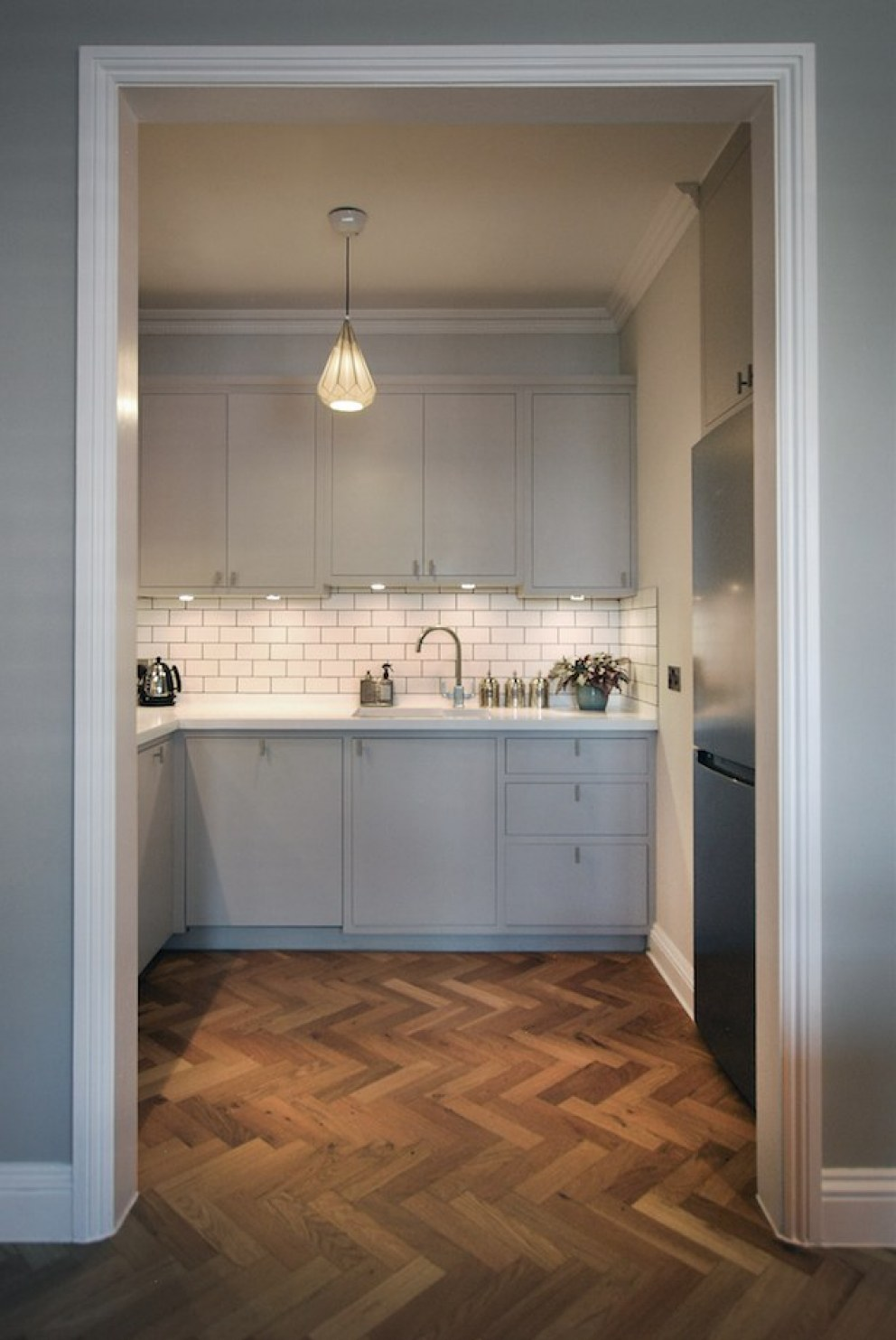 Islington Apartment refurbishment | Kitchen | Interior Designers