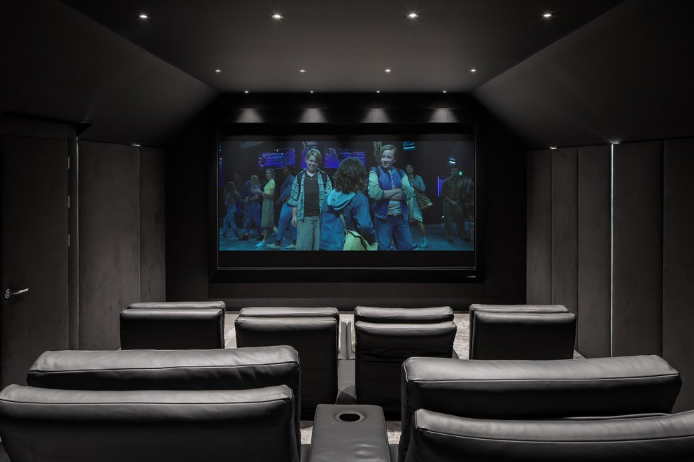 The Spinney | 0204_TheSpinney_Cinema | Interior Designers