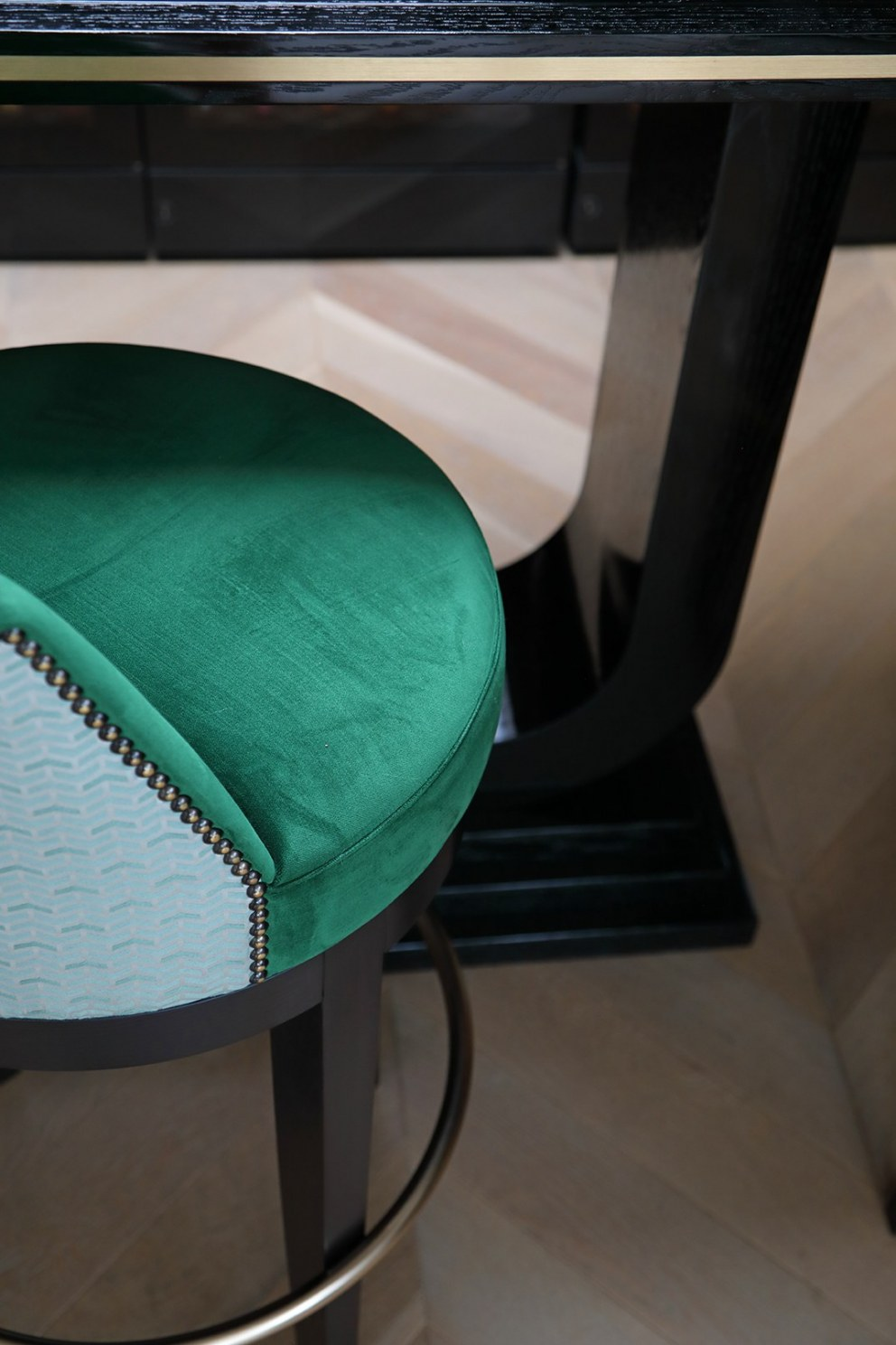 London Triplex Apartment | Bespoke Bar Stools | Interior Designers