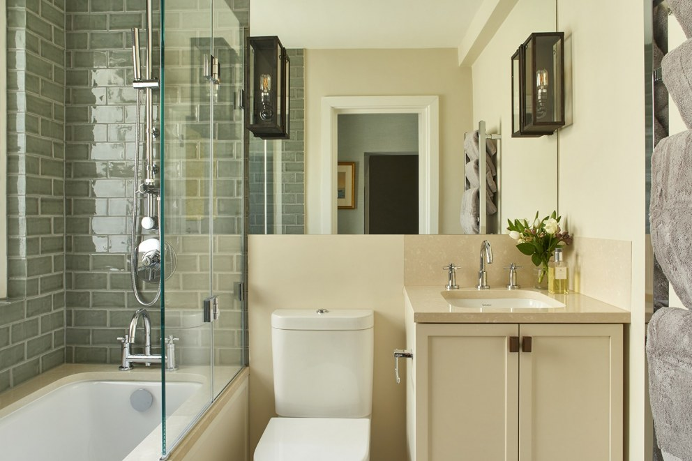 Chelsea Family Town House | Guest Bathroom | Interior Designers