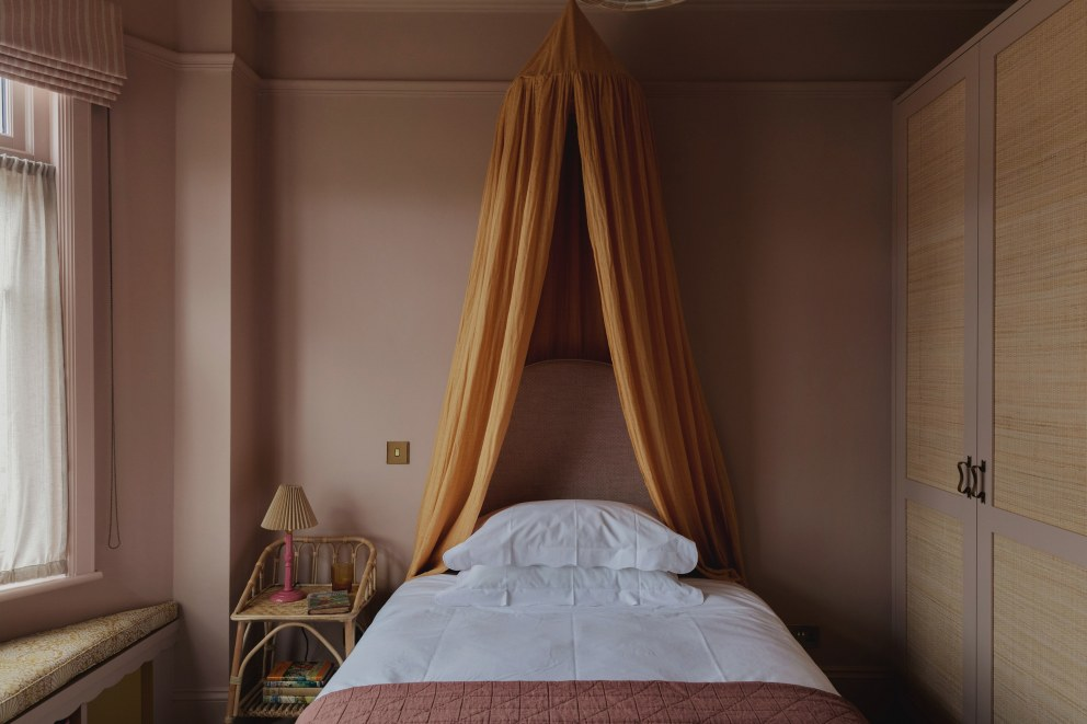 North London  | Young girl's bedroom  | Interior Designers